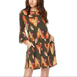 Boutique Dresses - Plus Size Feather Print Bell Tunic Sleeves Dress